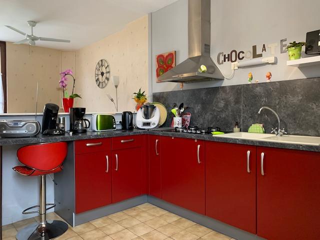 LIGUEIL- Appartement triplex 77 m²